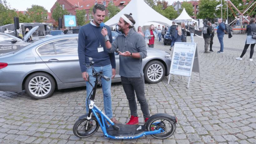 EWE-Familientag-Elektromobilität-Testfahrt-eScooter-BMW.png